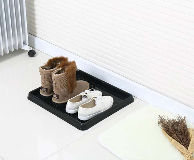Double footprint boot tray