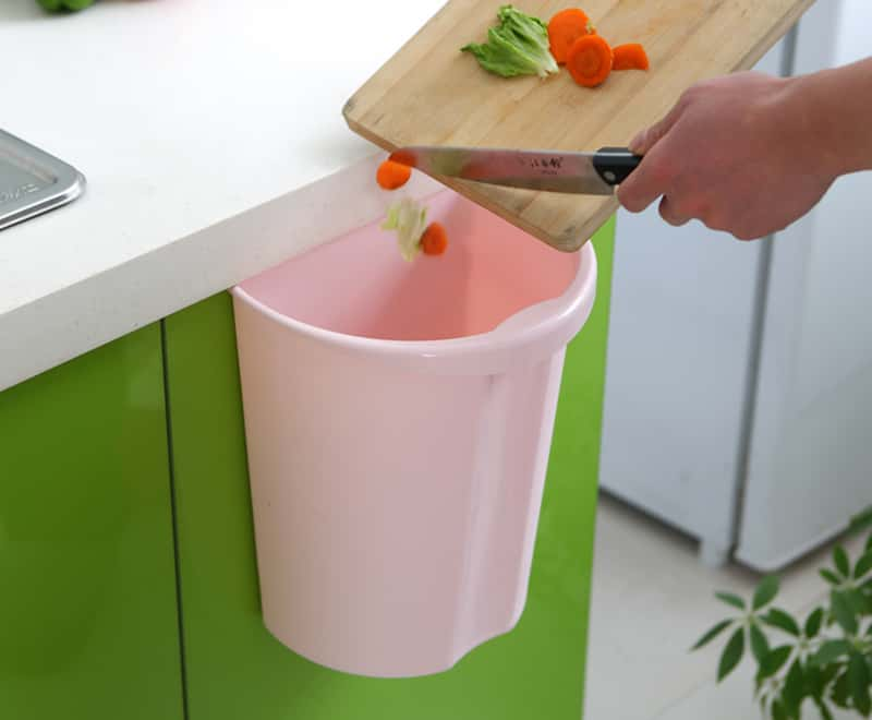 Kitchen Wall-hanging garbage can
